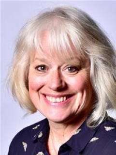 Photograph of Cllr Lynn Riley