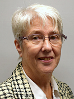 Photograph of Cllr Brenda Burgess