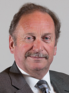 Photograph of Cllr Jeremy Hunt