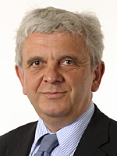 Photograph of Cllr Bob Lanzer