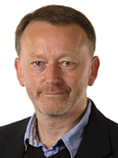 Photograph of Cllr Simon Oakley