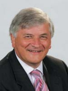 Photograph of Cllr Peter  Martin