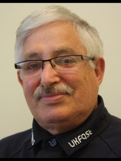 Photograph of Cllr Bob Carden - Labour