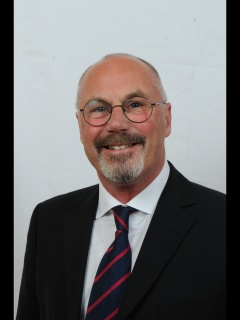 Photograph of Cllr Reggie Jones