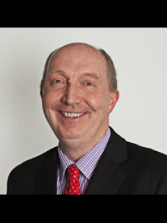 Photograph of Cllr Andrew Burns (Labour)