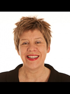 Photograph of Cllr Lesley Hinds (Labour)