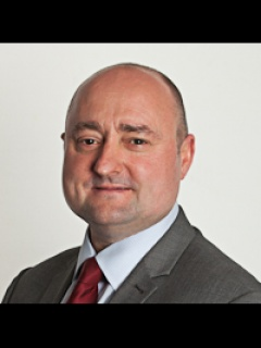 Photograph of Cllr Ricky Henderson (Labour)