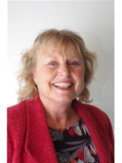 Photograph of Cllr Sue Dann