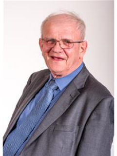 Photograph of Cllr Brian Simmons