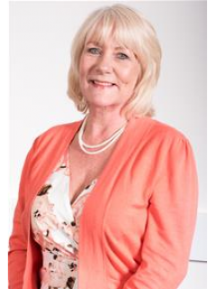 Photograph of Cllr Karen Walker