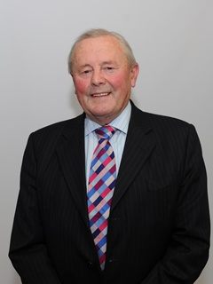 Photograph of Cllr Ken  Howell