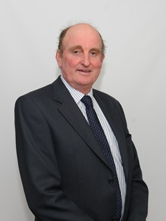 Photograph of Cllr Joseph  Davies