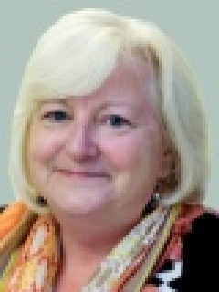 Cllr Lynne Brooks