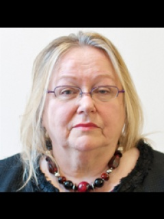 Photograph of Cllr Joan Davies