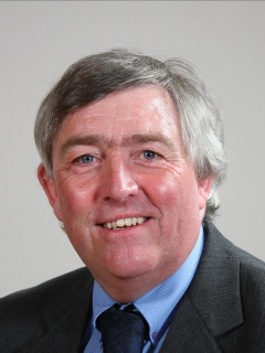 Photograph of  Cllr Andrew Davis