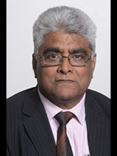 Photograph of Cllr Shafique Choudhary