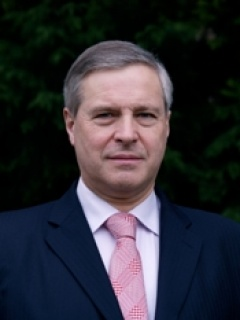 Cllr Robert  Hulland (Conservative)