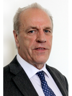 Photograph of Cllr Ray Bloxham