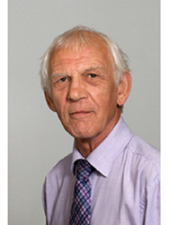 Photograph of Cllr Roger Croad