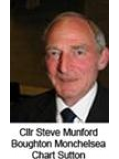 Photograph of Cllr Steve Munford
