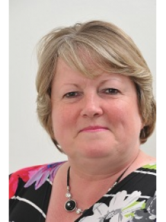 Photograph of Cllr Suzanne Brown