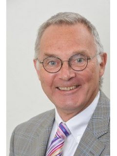 Photograph of Cllr Chris Whitehead